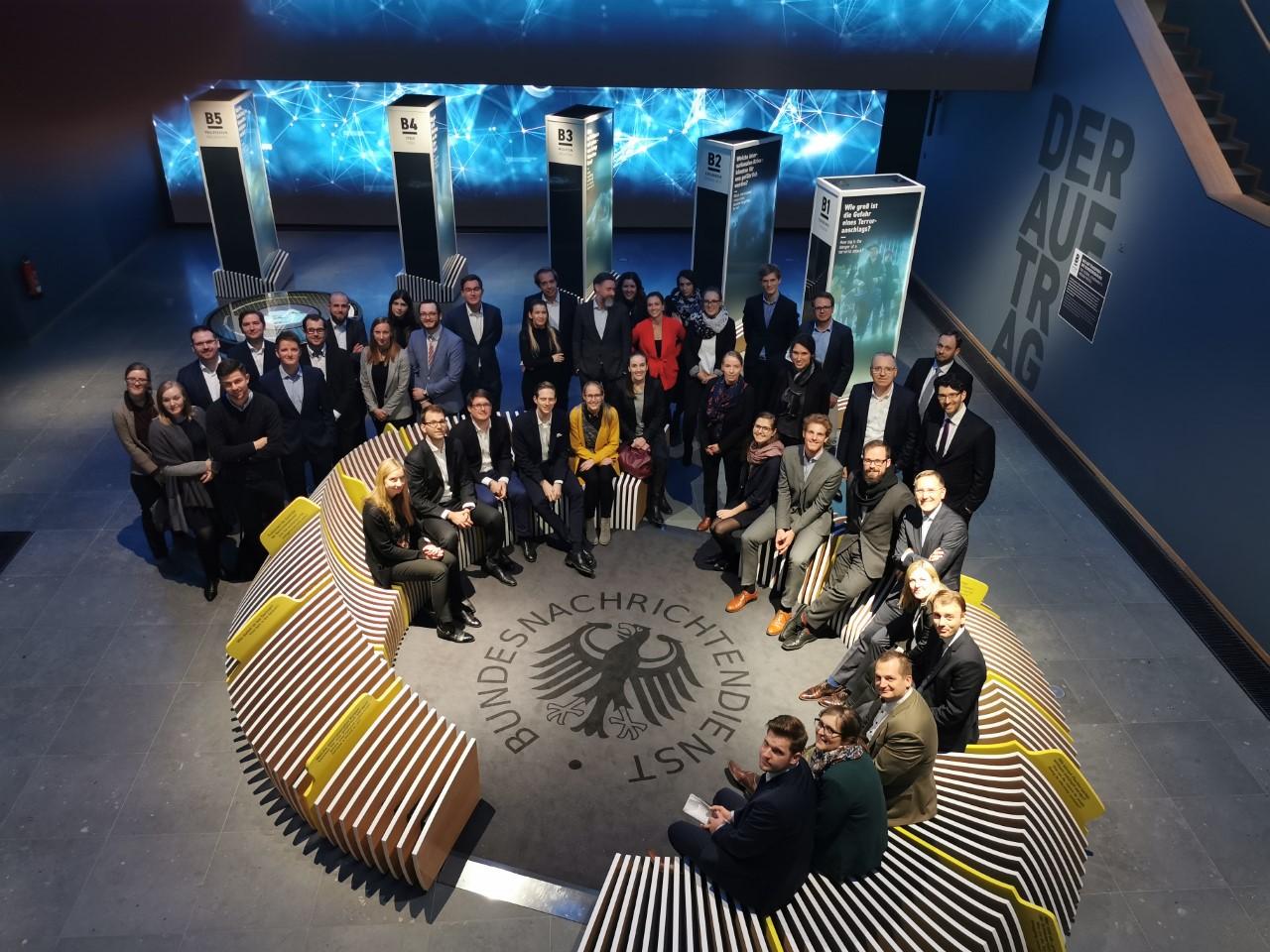 Das Team der BwConsulting im Ausstellungsbereich